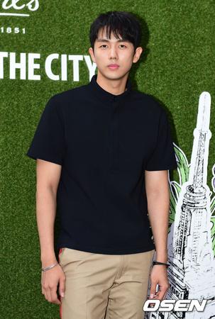 韓国の歌手兼俳優イム・スロン(30、2AM)が新曲を発表し、歌謡界にカムバックする。