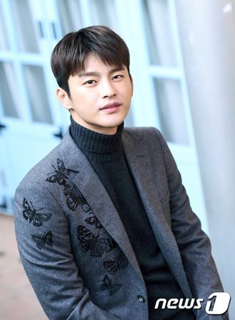 韓国俳優ソ・イングク側が、兵役判定の再検査の結果、兵役免除されたことを明らかにした。(提供:news1)