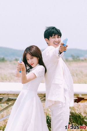 「EXID」ハニ、スロン(2AM)の新曲MVに出演…恋人役(提供:OSEN)