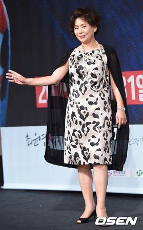 韓国ベテラン女優ユン・ソジョンが、敗血症のため死去した。(提供:OSEN)
