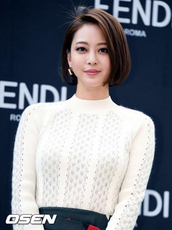 韓国女優ハン・イェスル(34)がMBCの新月火ドラマ「ノーセックス・アンド・ザ・シティ」に出演する。