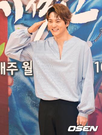 韓国俳優チュウォン(29)が新兵教育を終え、自隊配置を完了した。