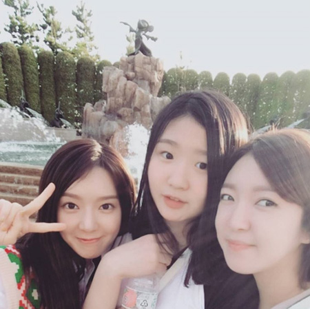 韓国ガールズグループ「AOA」チョアがナジン産業のイ・ソクジン代表との熱愛説に対して、再び口を開いた。(提供:news1)