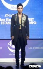 韓国アイドルグループ「NU'EST」カン・ドンホ(活動名:ベクホ)側が潔白を主張し、セクハラを訴えるネットユーザーを告訴した。(提供:OSEN)