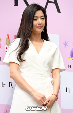 韓国女優チョン・ジヒョン(35)2人目を妊娠したことがわかった。(提供:OSEN)