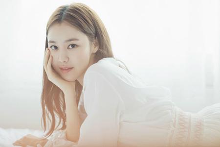 韓国女優キム・イェウォン(29)が「ボリュームを上げて」の新DJに抜てきされた。(提供:OSEN)