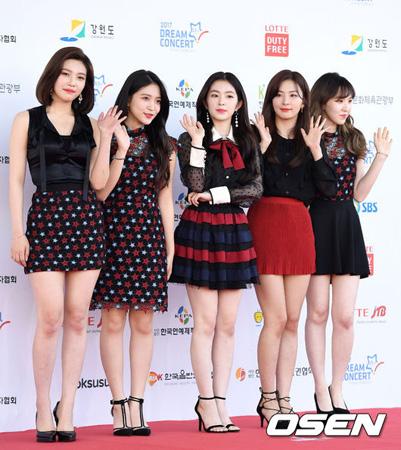 「Red Velvet」、バラエティ「知ってるお兄さん」に完全体で初出演へ(提供:OSEN)