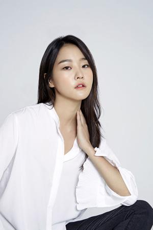 韓国のモデル出身女優カン・スンヒョン(29)が映画「毒戦」(仮題)で初のスクリーンに挑戦する。(提供:OSEN)