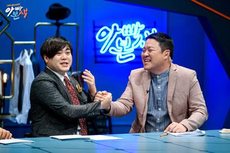 韓国歌手ムン・ヒジュン(39、H.O.T.)が育児ストレスを告白した。(提供:OSEN)
