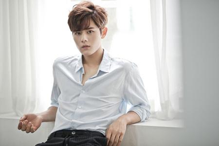 韓国アイドルグループ「ZE:A」のメンバーで俳優のキム・ドンジュン(25)がOCNオリジナルドラマ「ブラック」で財閥2世役を演じる。(提供:OSEN)