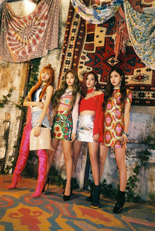 韓国ガールズグループ「BLACKPINK」の新曲「最後のように(AS IF IT'S YOUR LAST)」のMVが、最短期間での再生回数8000万回突破で記録を更新した。(提供:OSEN)
