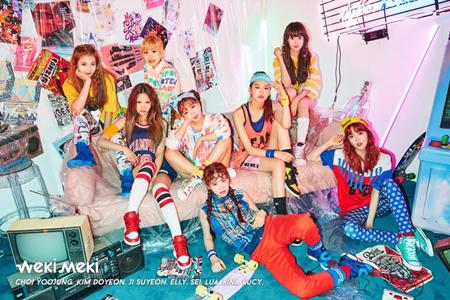 「Weki Meki」ショーケースチケット、わずか1分で完売(提供:news1)