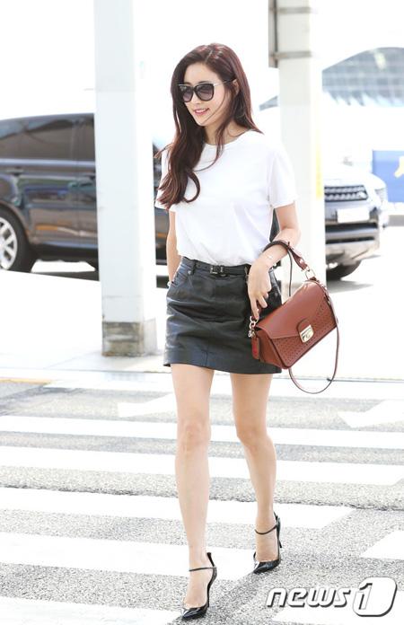 女優キム・サラン、空港前の横断歩道で信号無視? 「故意ではなかった」と取材陣が証言
