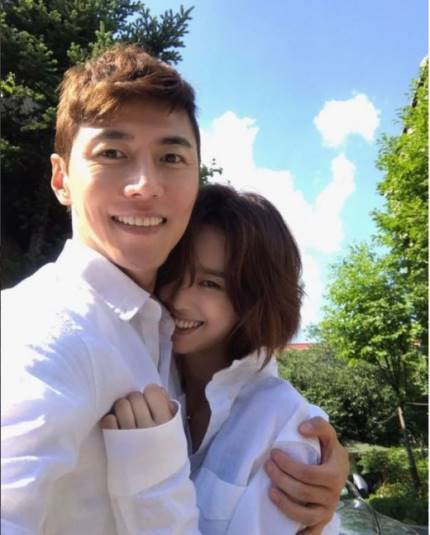 俳優ソン・ジェヒ、チ・ソヨンとの結婚について心境明かす 「短い時間の中で、確信がうまれた」(提供:news1)