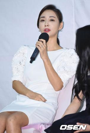 韓国女優コ・ウンミ(41)が第2子を妊娠中であることが分かった。