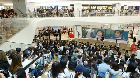 「JJ Project」、ファン1000人とハイタッチ会を開催! (提供:OSEN)