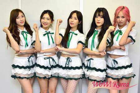 「Real Girls Project」 左からスジ、ユキカ、ソリ、イェウン、ジウォン