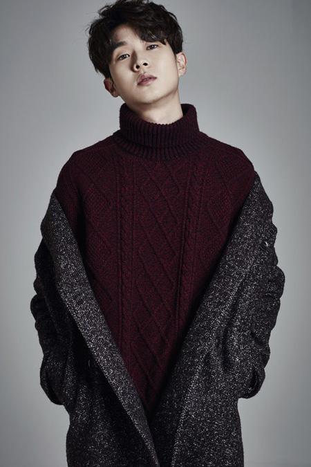 俳優チェ・ウシク、映画「魔女」主人公に抜てき(提供:OSEN)