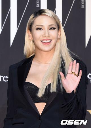 韓国の大手芸能事務所YGエンターテインメント側がCL(26、元2NE1)のカムバック予告について「着実に制作中」と明かした。