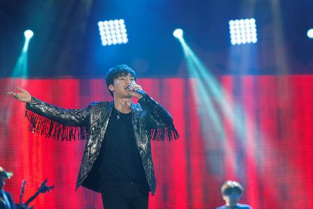 「BIGBANG」D-LITE 、「a-nation 2017」出演! 味の素スタジアム4万5000人が熱狂! (オフィシャル)