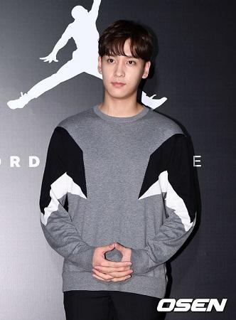 俳優チェ・テジュン、KBS「アンニョンハセヨ」降板へ…最後の放送は来月4日(提供:OSEN)