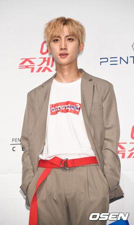 韓国アイドルグループ「Wanna One」の「Energetic」を作曲したフイ(24)が自身が所属する「PENTAGON」のカムバックタイトル曲を作曲した。