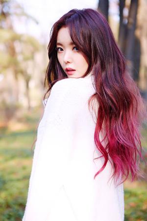 韓国ガールズグループ「Dal★shabet」のリーダー、セリ(26)がプロデューサープロジェクト「ローリングペーパー(Rolling Paper)」と共に特別な楽曲を発売した。(提供:OSEN)