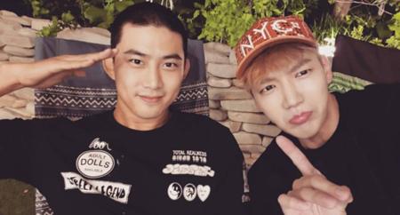 """現役で入隊した韓国アイドルグループ「2PM」テギョン(29)の""""丸刈り""""写真が公開された。(提供:news1)"""