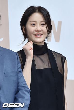 韓国女優コ・ヒョンジョン(46)が飲酒放送ではないかとの指摘を釈明した。
