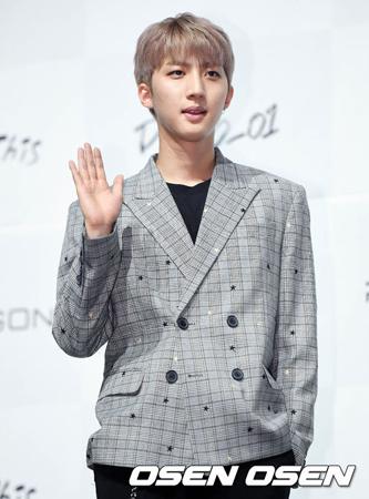 韓国アイドルグループ「PENTAGON」のフイ(24)が自身が作曲した楽曲で好成績をおさめている心境を明かした。