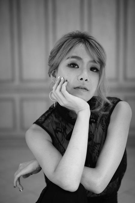 「Sechs Kies」カン・ソンフンの実妹=カン・ユンジ、朝ドラ「訓長オ・スンナム」OST合流=韓国国内にカムバック