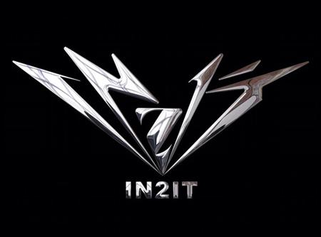 専用館でライブをおこなう新概念の韓国アイドルグループ「少年24」から、8人のメンバーが「IN2IT」(イントゥーイット)というグループ名でデビューすることになった。(提供:OSEN)