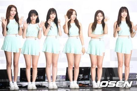 韓国ガールズグループ「GFRIEND」がコンサートに参加するため移動している時に交通事故に遭った。(提供:OSEN)