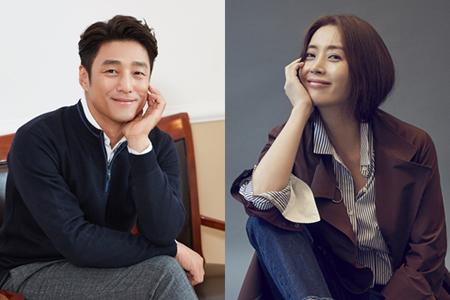 韓国俳優チ・ジニ(44)と女優ソン・ユナ(44)の声が、展示場で観客をサポートする。