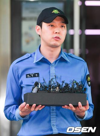 韓国歌手兼俳優パク・ユチョン(31、JYJ)に性的暴行を受けたと2番目に告訴した女性A氏が明日(21日)午前、自ら記者会見を開き、誣告と名誉毀損容疑に関して明かす予定だ。