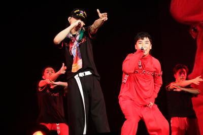 「BIGBANG」、G-DRAGONソロドームツアーラスト東京ドームにV.Iがサプライズ出演! 大盛況にて閉幕