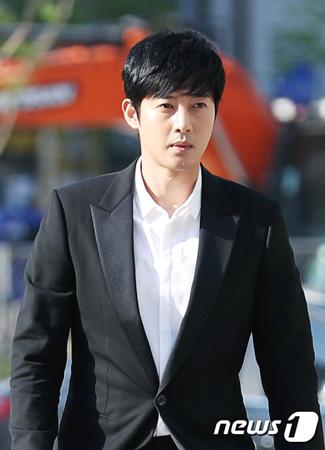 韓国歌手兼俳優キム・ヒョンジュン(リダ、31)がアルバムを制作中だ。