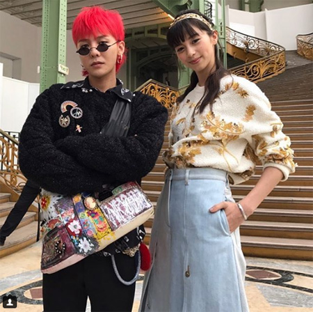 韓国の人気グループ「BIGBANG」G-DRAGON(29)がフランスでも独自の存在感を発揮した。(キャプチャー)