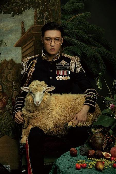 "「EXO」LAY(レイ)、2枚目ソロアルバムを中国で発表 ""完ぺきに魅了""(提供:OSEN)"