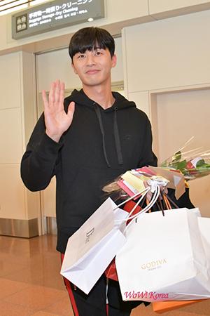 俳優パク・ソジュン