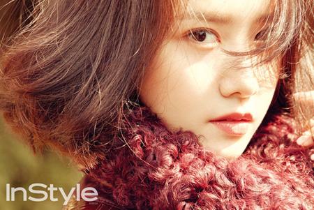 韓国ガールズグループ「少女時代」ユナ(27)がデビュー10年目の気力が感じられる画報を公開した。(提供:OSEN)