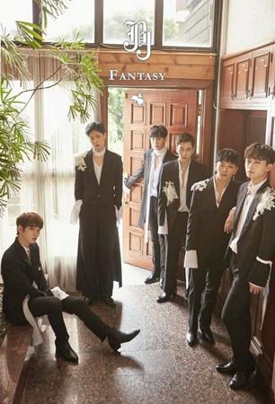韓国ボーイズグループ「JBJ」が、デビューと同時に地上波の音楽番組「MUSIC BANK」に出演することになった。(提供:OSEN)