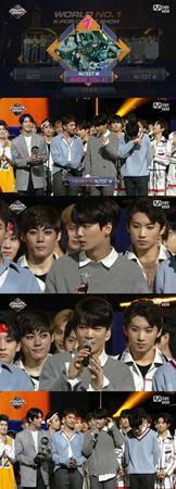 韓国ボーイズグループ「NU'EST W」が、デビュー5年で初めて音楽番組で1位を獲得した。(提供:OSEN)