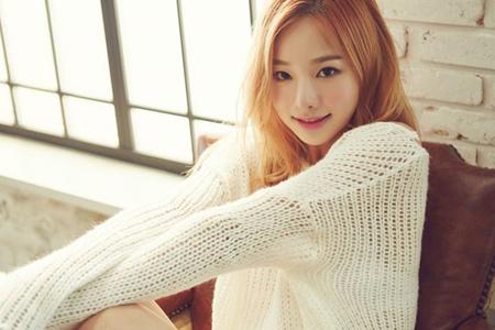 甲状腺機能亢進症(バセドウ病)の闘病中だった韓国ガールズグループ「EXID」ソルジ(28)が「魔女の法廷」OSTの第1走者に選ばれた。(提供:OSEN)