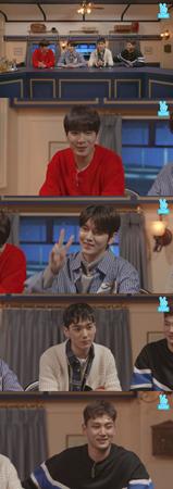 韓国ボーイズグループ「NU'EST W」が、ネット放送でファンと交流を深めた。(提供:news1)