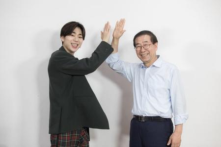 ジコ(Block B)に自らインタビューしたソウル市長 「ファンになりそうだ」(提供:news1)