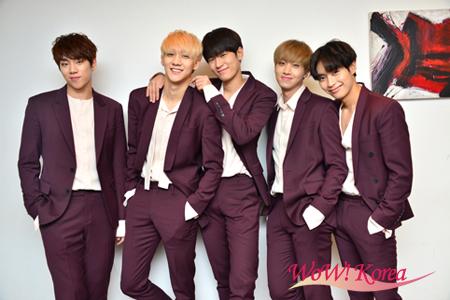 「KNK」左からキム・ユジン、キム・ジフン、パク・スンジュン、チョン・インソン、オ・ヒジュン