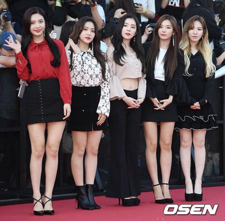 韓国ガールズグループ「Red Velvet」が11月カムバックを準備中だ。