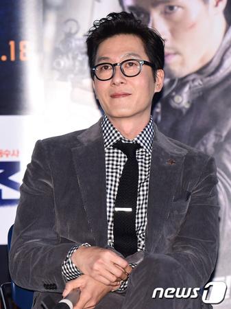 韓国俳優キム・ジュヒョク(45)が交通事故によって死亡した中、所属事務所のナムアクターズホームページはアクセスが殺到している。(提供:news1)