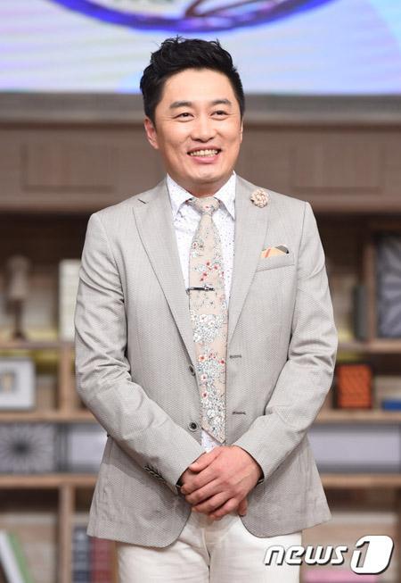"""タレントのチョン・チャンウ、故キム・ジュヒョク追悼SNSに""""不適切コメント""""で炎上…謝罪「私の過ち、申し訳ない」"""